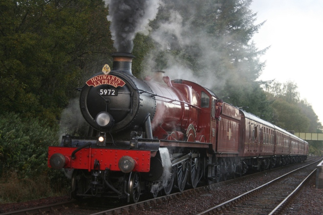 content_c2-The-Harry-Potter-Hogwarts-Express-_aka-The-Jacobite-Steam-Train_-drives-through-Inverness-Shire-Scotland.jpg