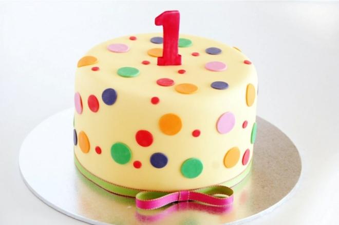 Geburtstagstorte-Bilder-Kindergeburtstagstorte-zum-1-Geburtstag